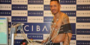 Adriano Correia, sağlık kontrolünden geçti