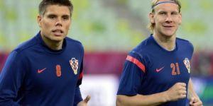 Hırvatistan Futbol Federasyonu, Vida ile olan görüntüleri paylaşan Vukojevic'in görevine son verdi!