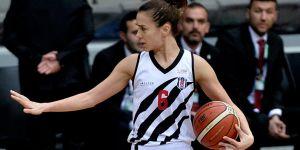 Esra Erden Atacan 1 yıl daha Beşiktaş'ta