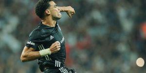 Liverpool taraftarı, Pepe'yi veto etti