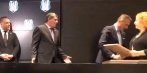 Mazbata töreninde keyifli anlar! (VİDEO)