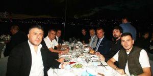Beşiktaş'ın yeni yönetimi takımla akşam yemeğinde buluştu! İşte o anlardan kareler