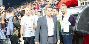 """""""Kartal çıkmaz sokakta! Güneş'in Beşiktaş kariyerinin sonu yakın..."""""""