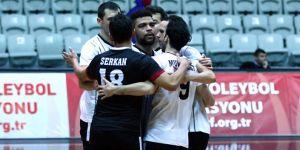 Beşiktaş Erkek Voleybol takımı 3-0'la galip