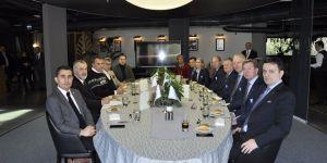 Beşiktaş, UEFA ve Malmö heyetlerini yemekte ağırladı