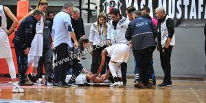 Beşiktaş - Fenerbahçe maçında Kelsey Mitchell'dan şok sakatlık!