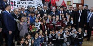 Beşiktaş Kulübü'nden Erzurumlu çocuklara 800 forma