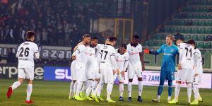 Burak yerde kaldı, Beşiktaş penaltı bekledi