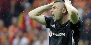 """Burak Yılmaz: """"Beşiktaş'ta oynamaktan gurur duyuyorum"""""""
