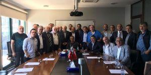 Ahmet Nur Çebi'ye dernek ziyareti