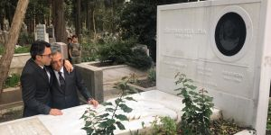 Ahmet Nur Çebi, Süleyman Seba'nın mezarını ziyaret etti