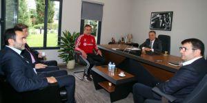 Beşiktaş'ta profesyonellerden 2.5 milyon TL tasaarruf
