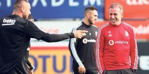 Beşiktaş, Braga'ya 17 kişiyle gidiyor!