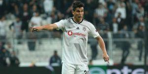 Beşiktaş'ta Necip Uysal'dan indirim: ''Kapıdan kovulsam bacadan girerim''