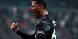 Yeni sezonda Beşiktaş'a geri dönen futbolcular belli oldu