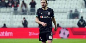 Caner Erkin, Emre Belözoğlu ile görüştü!
