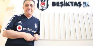 Beşiktaş'ta 8 kişinin corona virüs testi pozitif çıktı! Ahmet Nur Çebi pozitif...