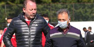 ''Beşiktaş yönetiminin transfer planlaması oldukça yanlış''
