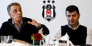 Beşiktaş taraftarı, yönetimi istifaya davet etti