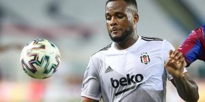 Cyle Larin'in hedefi belli