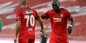 Beşiktaş'ta Aboubakar ve Gökhan Töre'ye forma