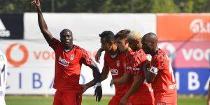 Beşiktaş'ın yeni forvet ikilisi: Aboubakar-Larin