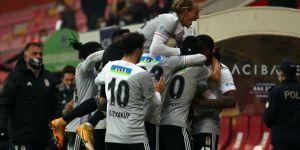 Beşiktaş 7 puan geriden liderliğe oturdu
