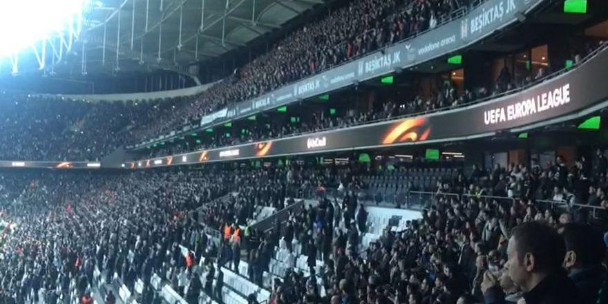 Vodafone Arena'da şampiyonluk şarkıları (VİDEO)