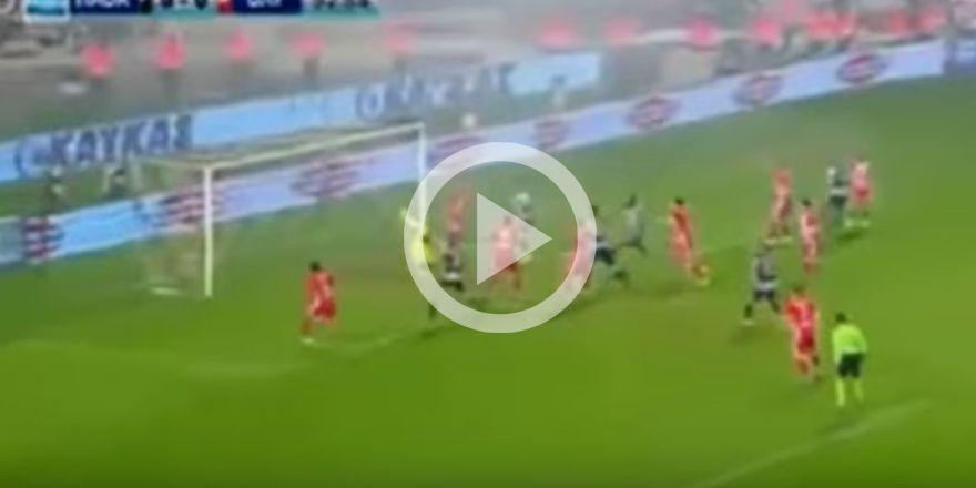 İşte PAOK-Olympiakos maçının görüntüleri
