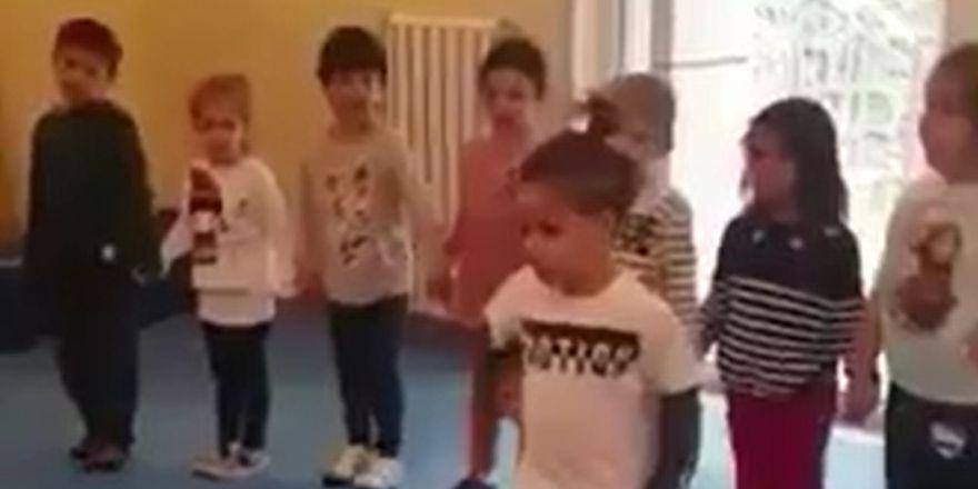 Quaresma'nın oğlu folklor kursunda